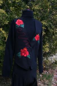 Hibiscus applique vest